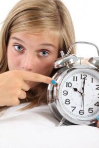Girl-watching-clock